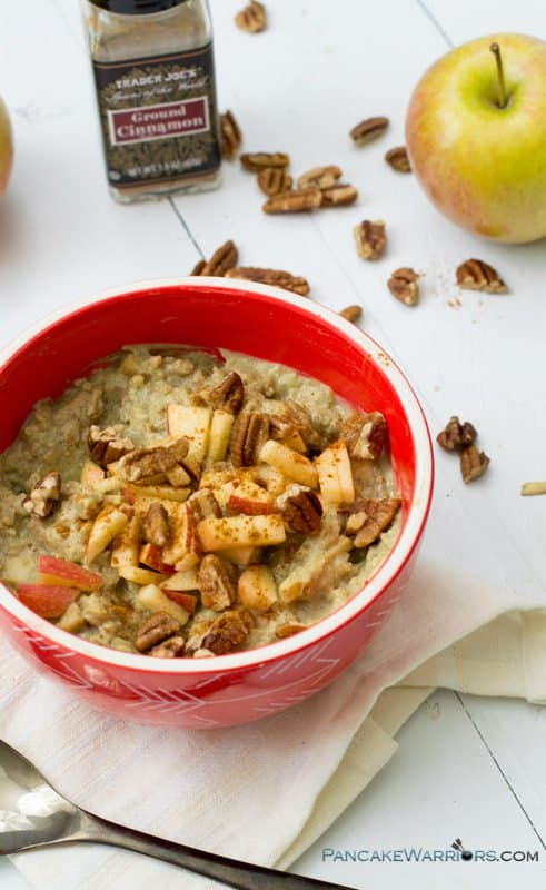 Apple Cinnamon Cauliflower oat (or caulioats) are the perfect grain free breakfast! Vegan, gluten free, paleo, grain free, dairy free oatmeal will fill you up without any of the grains! | www.pancakewarriors.com